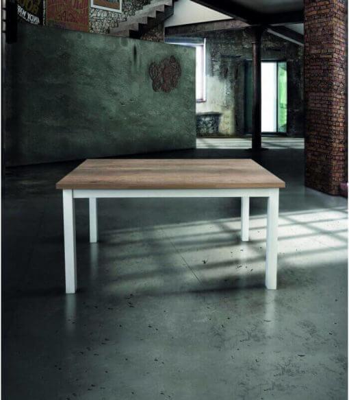 tavolo rettangolare allungabile con piano in legno naturale