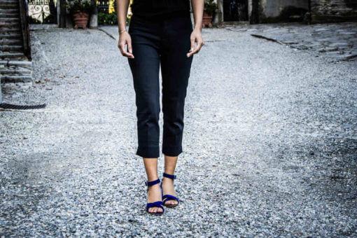Sandali blu con tacco alto